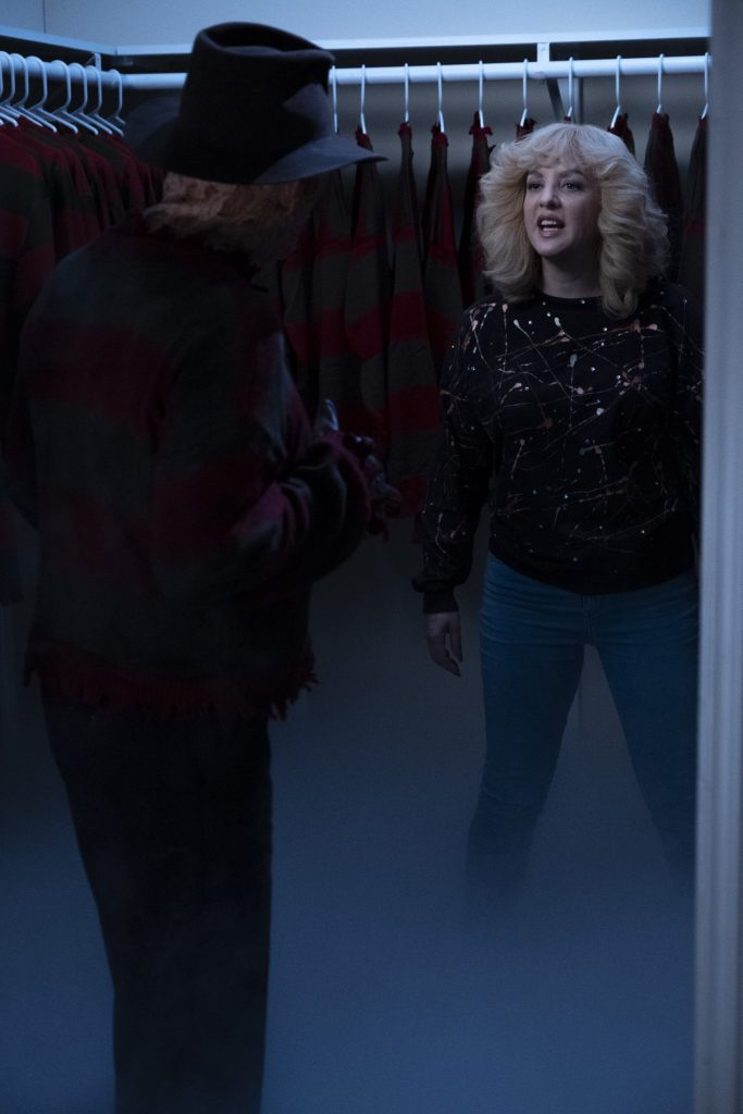 WENDI MCLENDON-COVEY ROBERT ENGLUND as Freddy Krueger in The Goldbergs